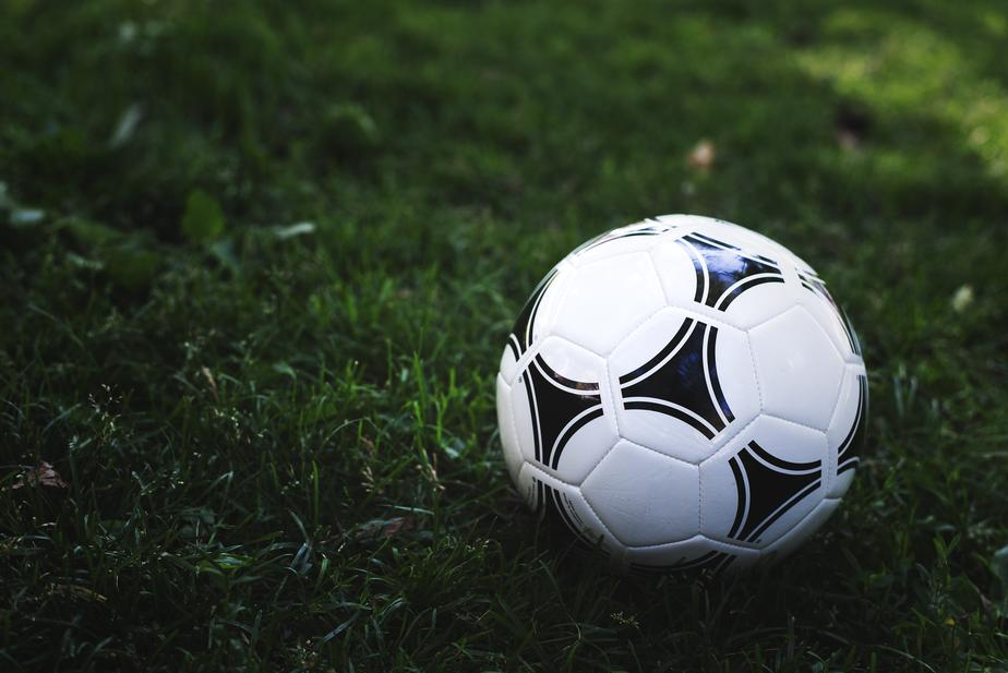 soccer-ball-in-green-grass